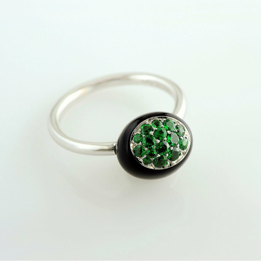 Mini Galet Collection Onyx & Tsavorite Ring - GERARDRIVERON