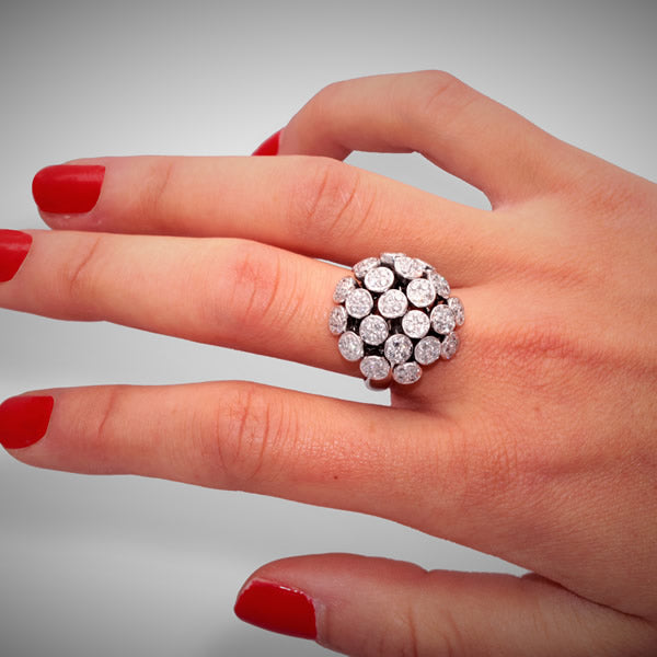 LILAS RING WHITE GOLD DIAMONDS, FLORILÈGE COLLECTION #ALACARTEBRIDAL
