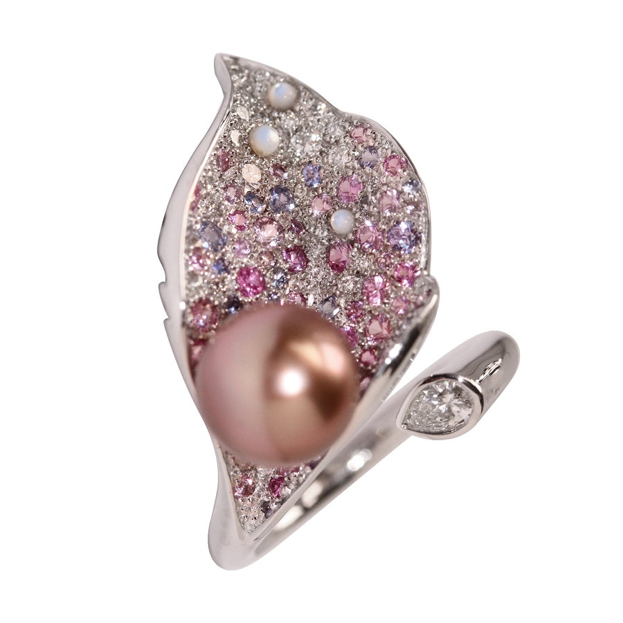 LYS CALLA RING CENTER AKOYA PINK PEARL, ANTHOLOGY FLORILÈGE COLLECTION - GERARDRIVERON
