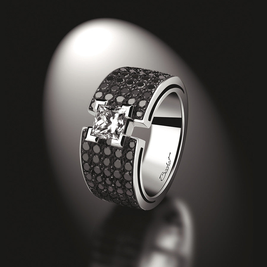 Maison Bachet Engagement Ring 'BlackLight Shine', White Gold, Large model Women's Collection