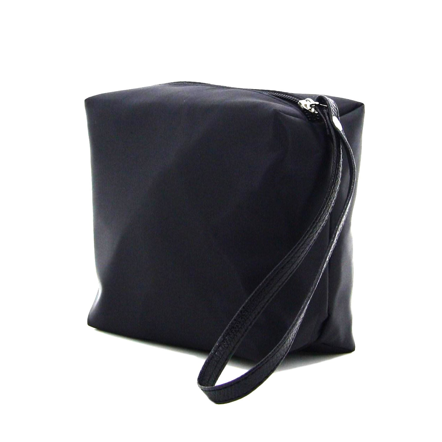 C16AU717BK BELLE COSMETIC NYLON TRAVEL POUCH (BLACK)