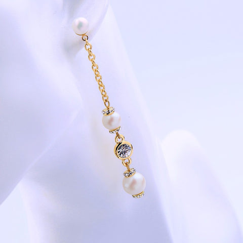 PEARLISH SHEEN DROP DELICATE EARRING | SWANL