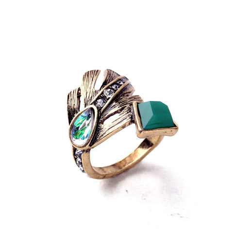 SIGNATURE LEAF RING - SWANL