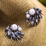 IRREGULARITY SPIKE PEARL STUD EARRINGS - SWANL