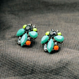 JUSTILY BRINCOS STUD EARRINGS - SWANL