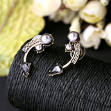 CURVY PEARL STUD EARRINGS | SWANL
