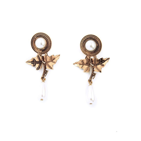 FLANGLET PEARL DROP EARRINGS - SWANL