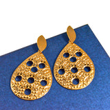 GOLDSNOW DROP STATEMENT EARRINGS
