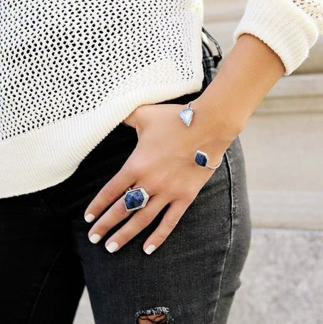 BLUE SAPPHIRE SILVER RING - SWANL