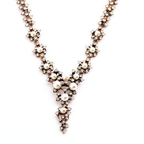 LUCY PEARL STATEMENT NECKLACE - SWANL