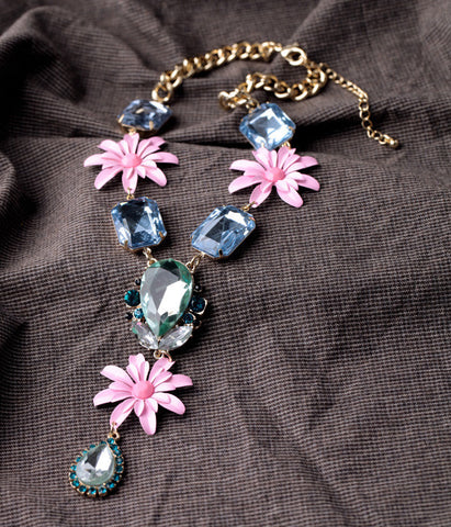Elegant Pink Flowers Statement Necklace