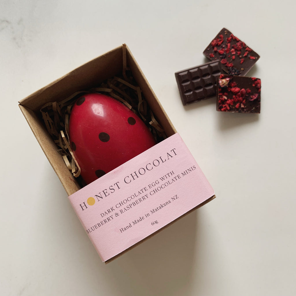 'Ladybird' Dark Chocolate Egg with Blueberry & Raspberry Minis