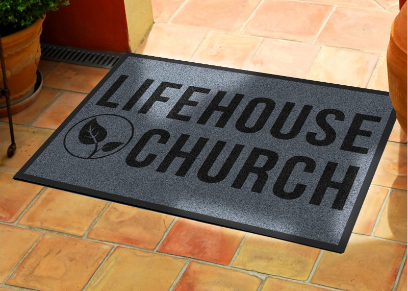 Outdoor Lifehouse Mat
