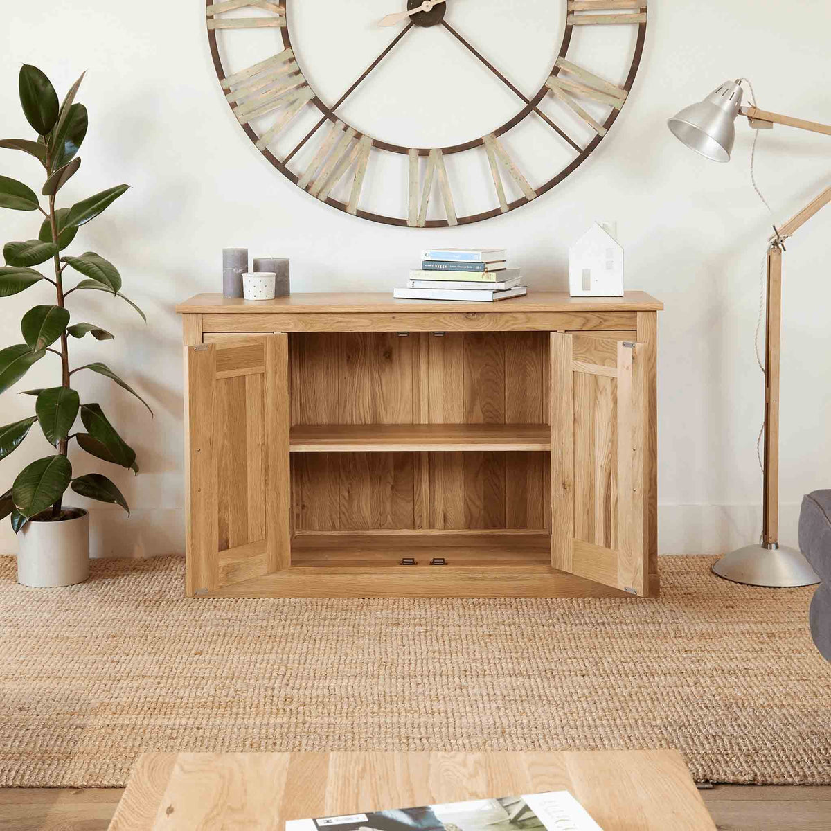 Mobel Oak Large 6 Drawer Sideboard with doors open