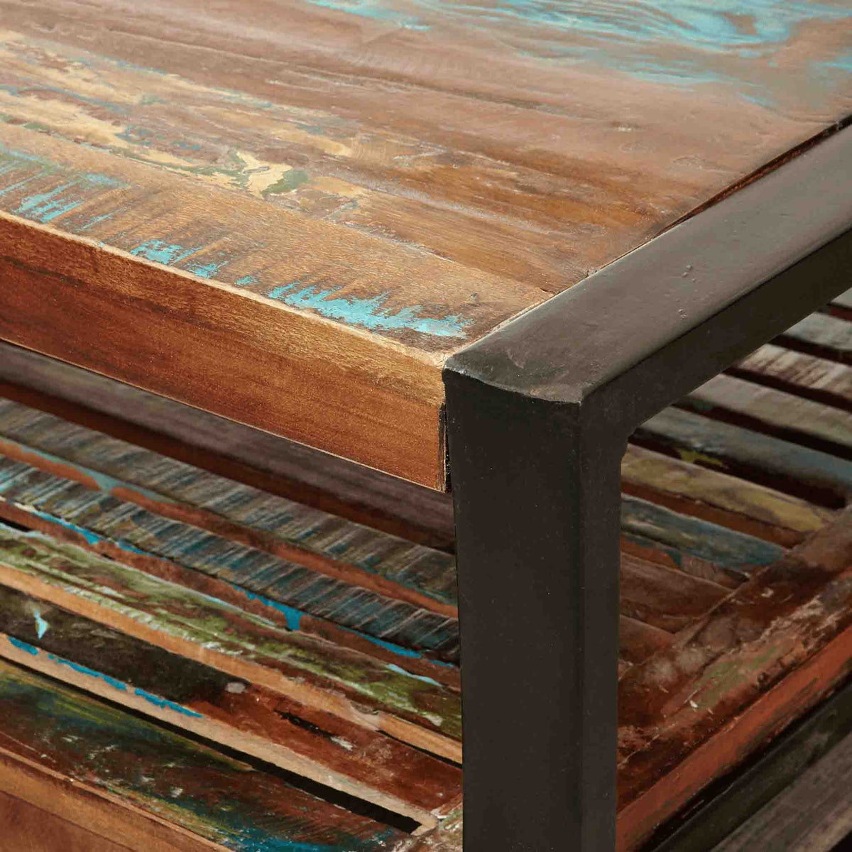 Close up of steel frame for The Urban Chic Industrial Reclaimed Wood Large Rectangular Coffee Table