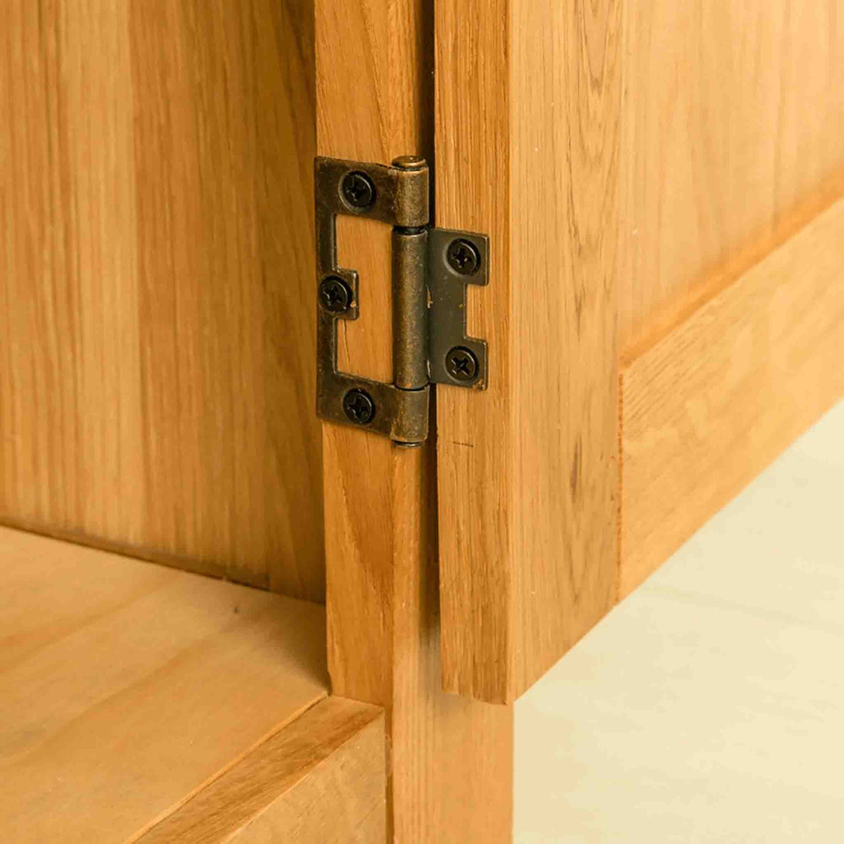 Hinge view on The Abbey Waxed Oak Large Sideboard 3 Door Cabinet