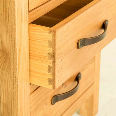 Dovetail drawer joint for The Abbey Waxed Oak Bedroom Furniture Set