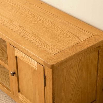 Top of Roseland Oak 132cm TV Stand