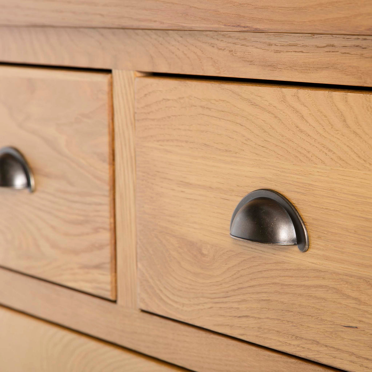 Roseland Oak 2 Over 2 Drawer Chest of Drawers - Close up of top two smaller drawers