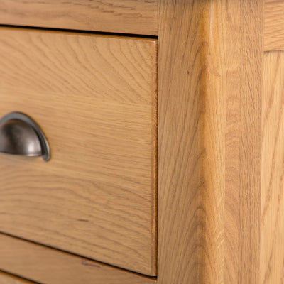 Roseland Oak 2 Over 2 Drawer Chest of Drawers - Close up of side of drawer