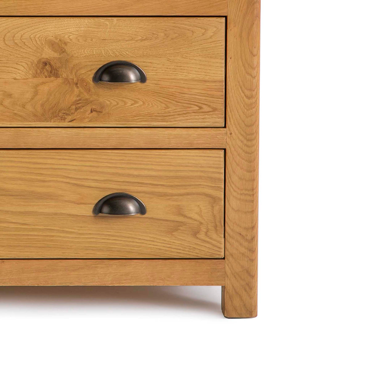 Roseland Oak 2 Over 2 Drawer Chest of Drawers - Close up of bottom of chest