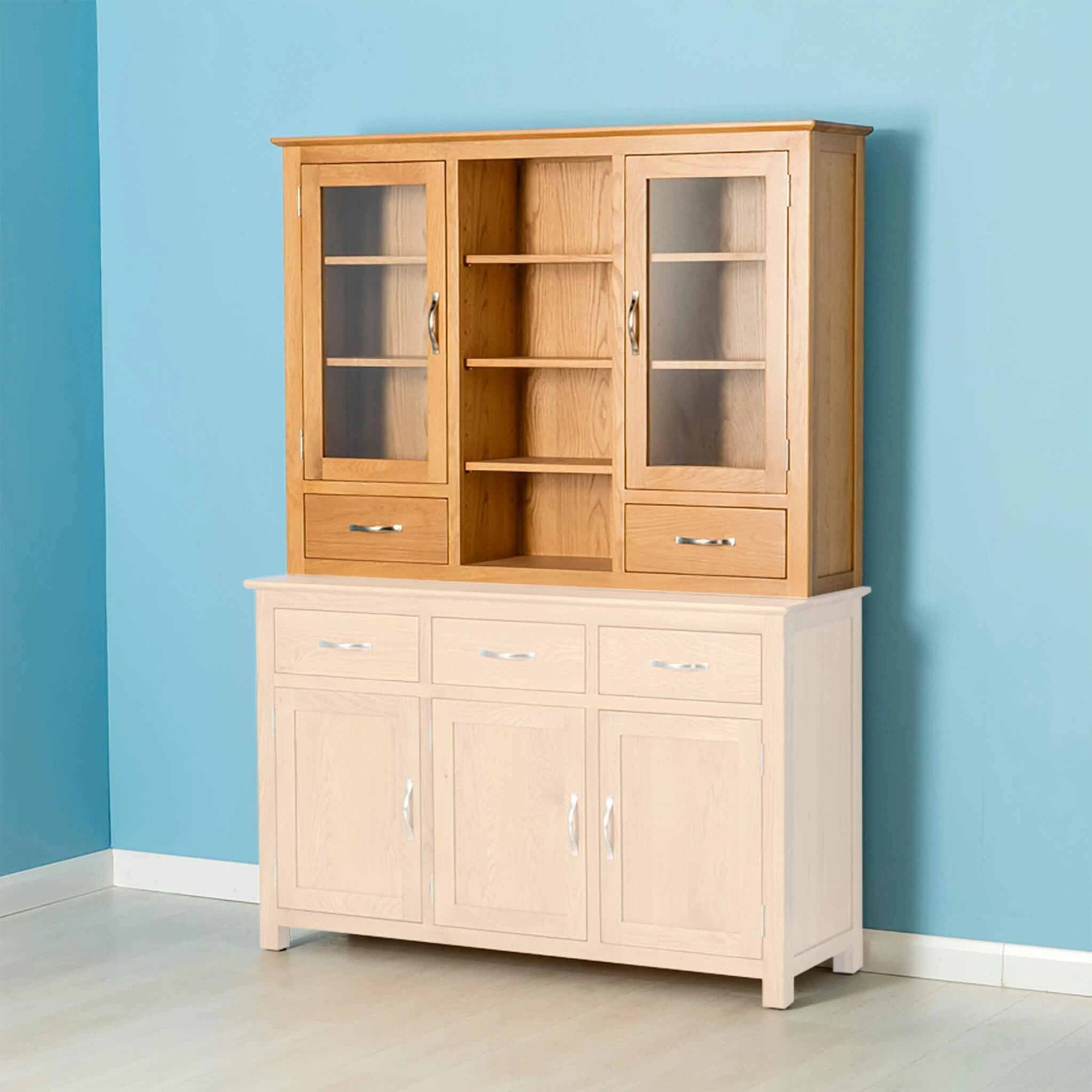 Nordic Oak 3 Door Dresser Top by Roseland Furniture
