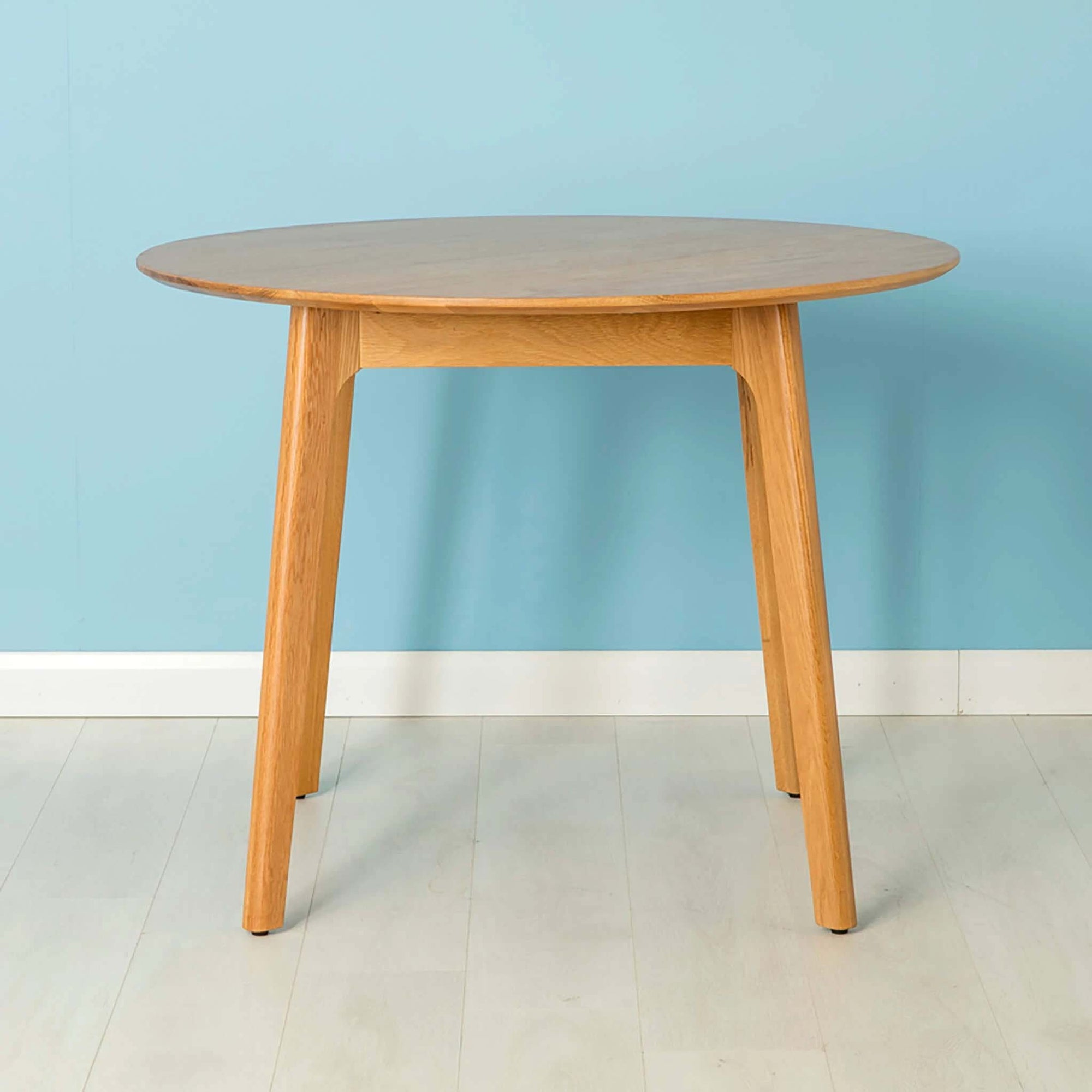 Nordic Oak 100cm Round Table by Roseland Furniture