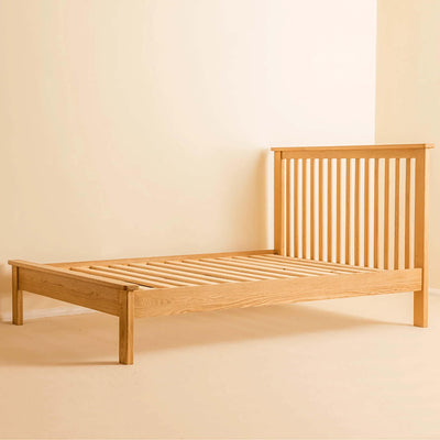 Roseland Oak 5ft Bed by Roseland Furniture