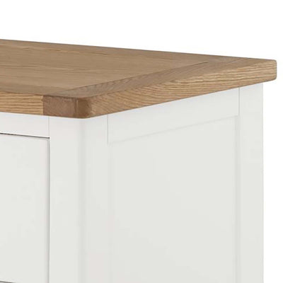 The Padstow White Chest of 6 Drawers - Close Up of Oak Top