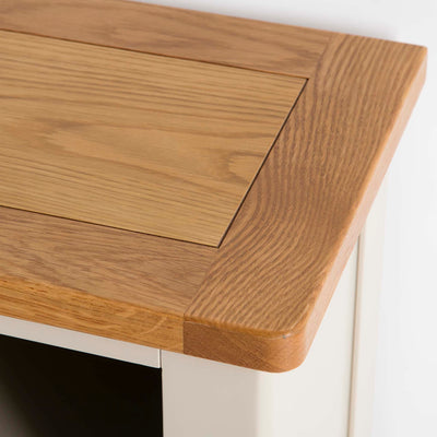 The Padstow Stone Grey Small Low Bookcase - Close up of Oak Top