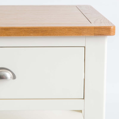 Close up of the oak top edge on The Padstow White Solid Wood Coffee Table