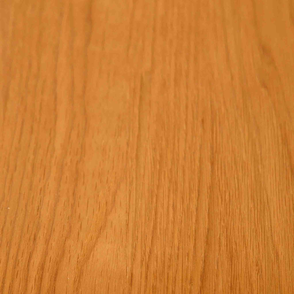 Close up of oak wood grain on The Padstow Cream Small Wooden Dressing Table