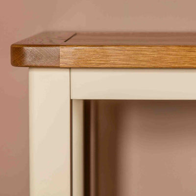 Close up of oak edging on The Padstow Cream Small Wooden Dressing Table