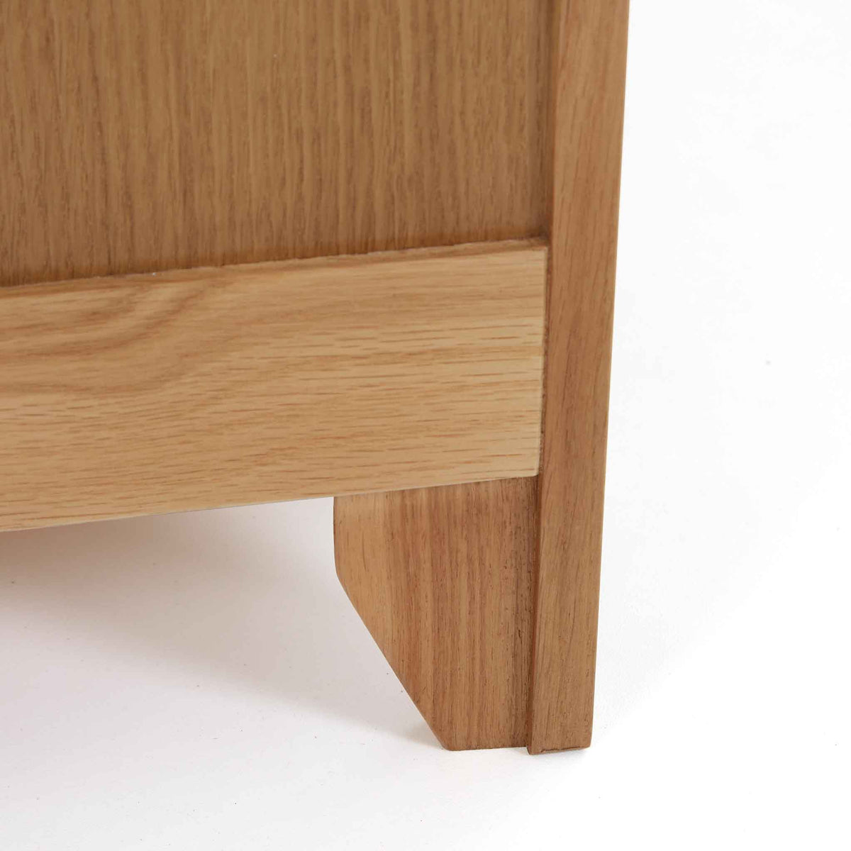 Close up of Falmouth Oak legs