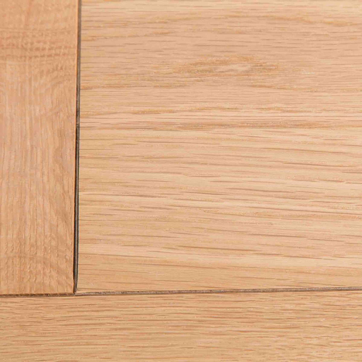 Farrow Grey large 3 over 3 Chest of Drawers - Close up of top corner of Oak top