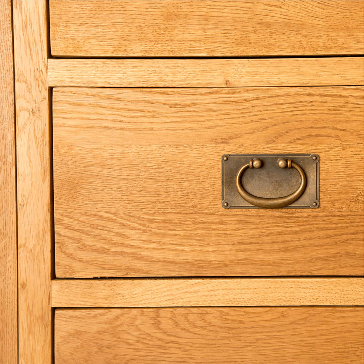 Lanner Oak Combination Wardrobe drawer handle view