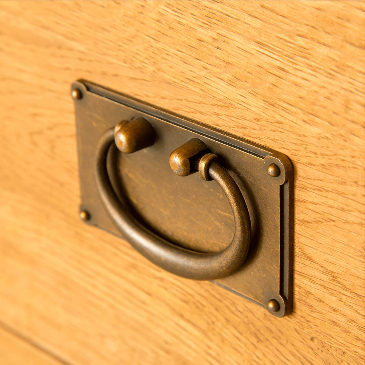 Lanner Oak Combination Wardrobe drawer handle close up