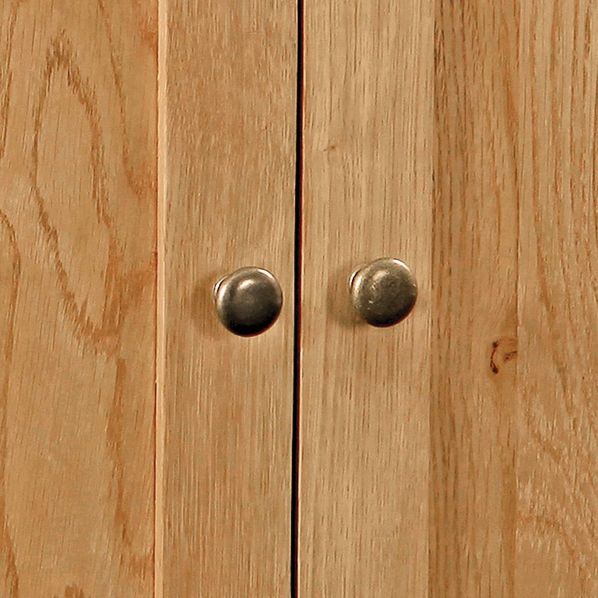 Zelah Oak Large Sideboard - Close Up of Door Knobs