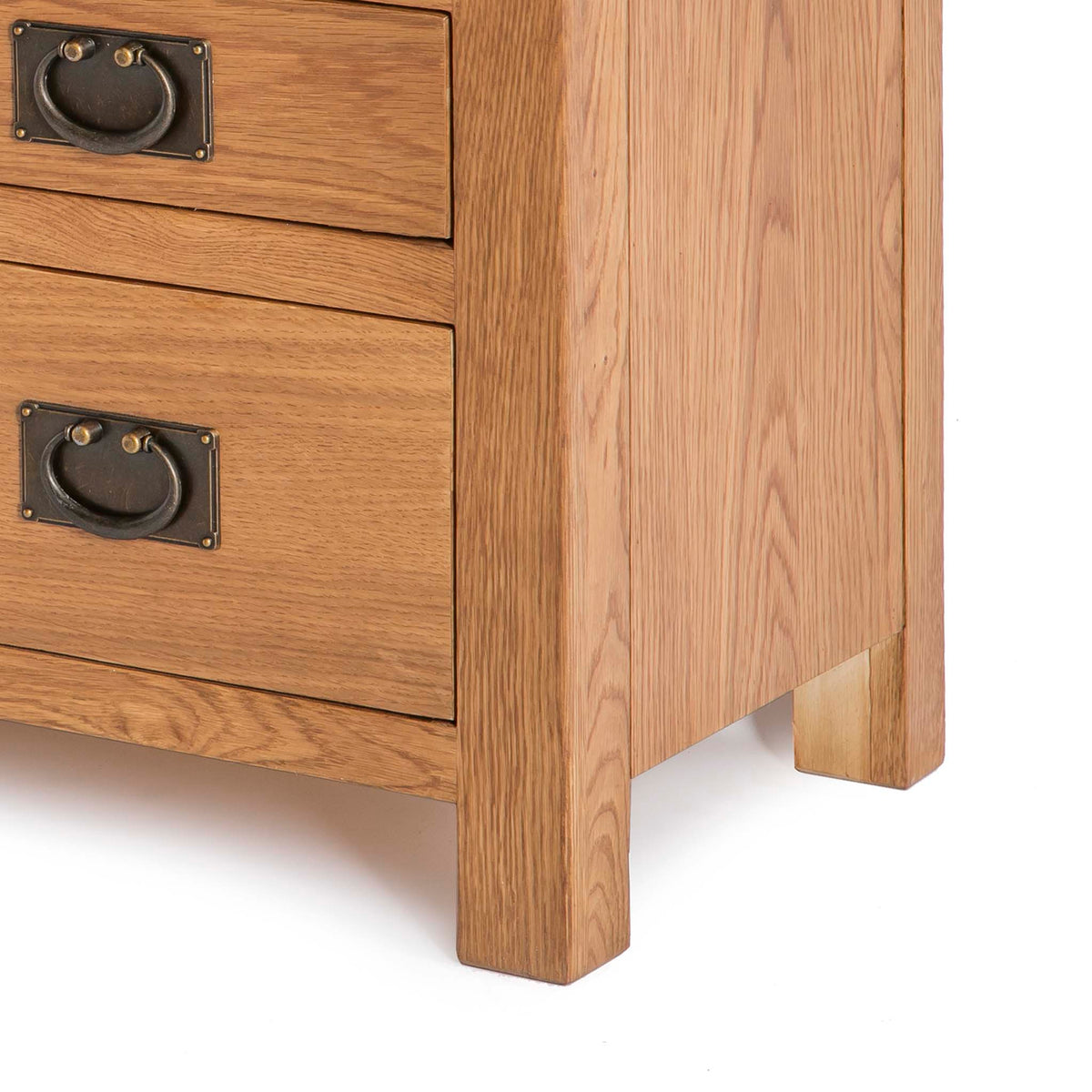Surrey Oak 85cm TV Stand with Drawers - Close up of base of TV stand