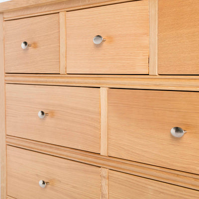 Hampshire Oak 3 over 4 Drawer Chest / Unit bottom front corner view