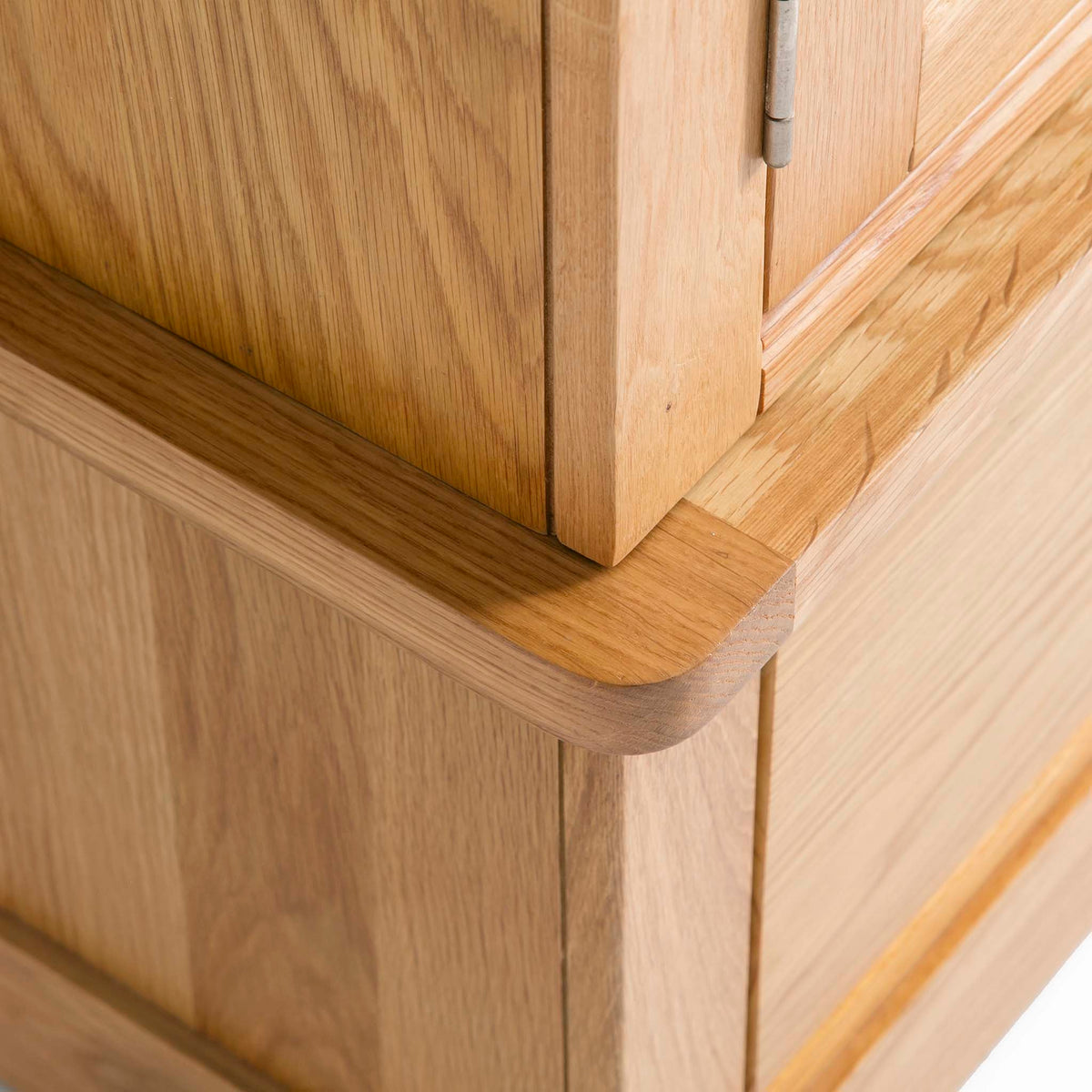 Hampshire Oak Triple Wardrobe with Drawers - Close up of base of triple wardrobe