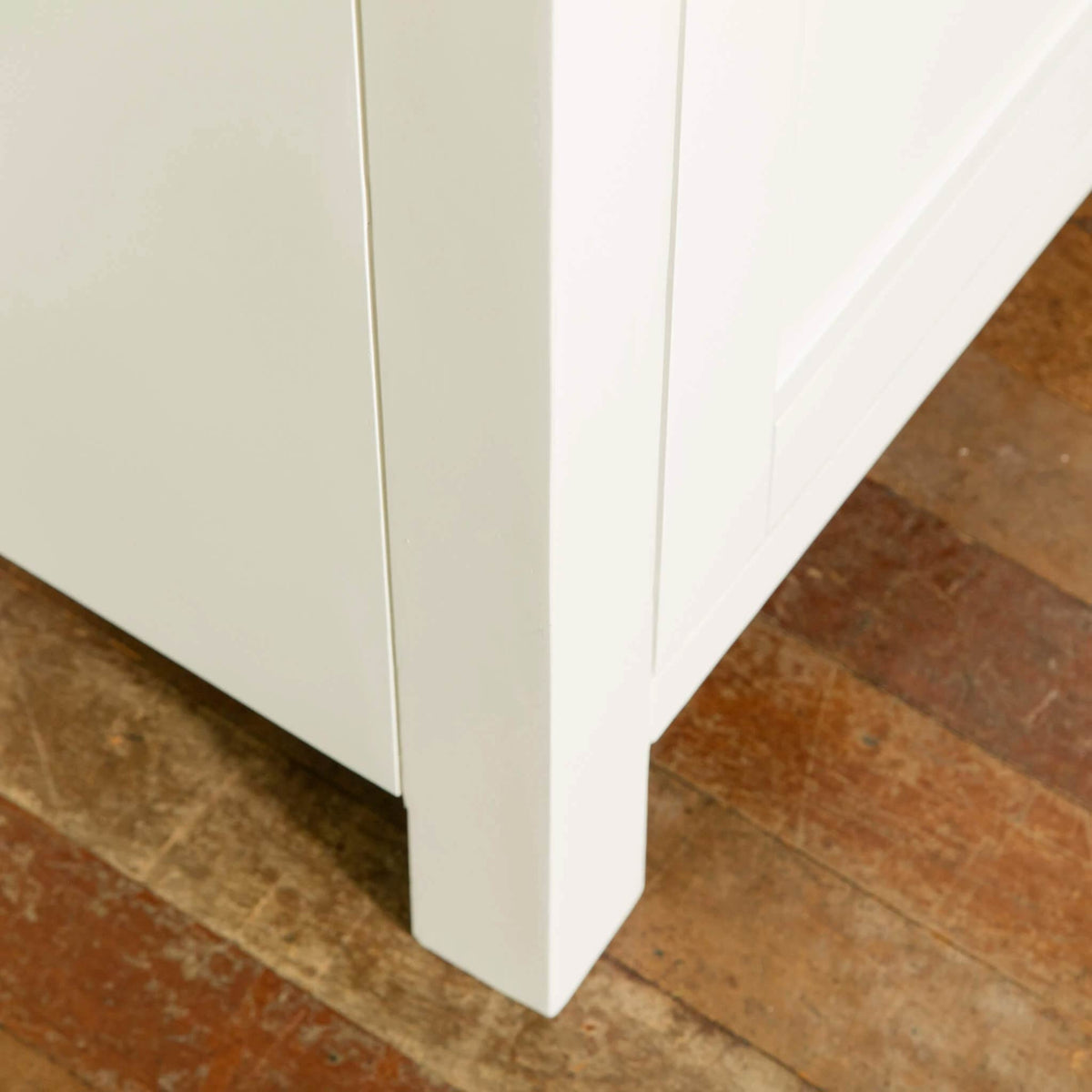 Farrow White Large Sideboard Unit front leg view