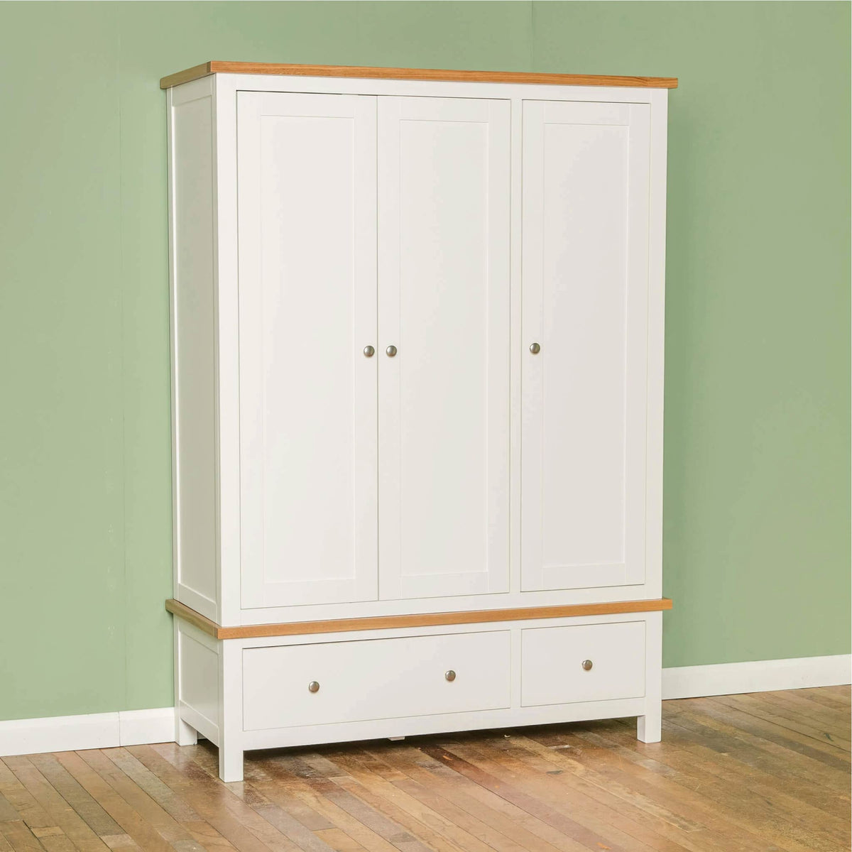 Farrow White Triple Wardrobe by Roseland Furniture