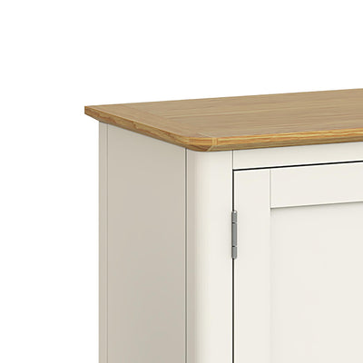 Windsor Cream Large Sideboard - Close Up of Oak Top
