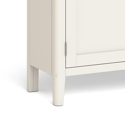 Windsor Cream Display Cabinet - Close Up of Feet of Cabinet