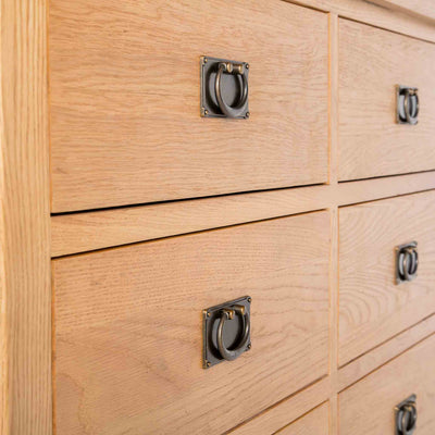 close up of 6 drawers on the Surrey Oak Large Chest Of Drawers