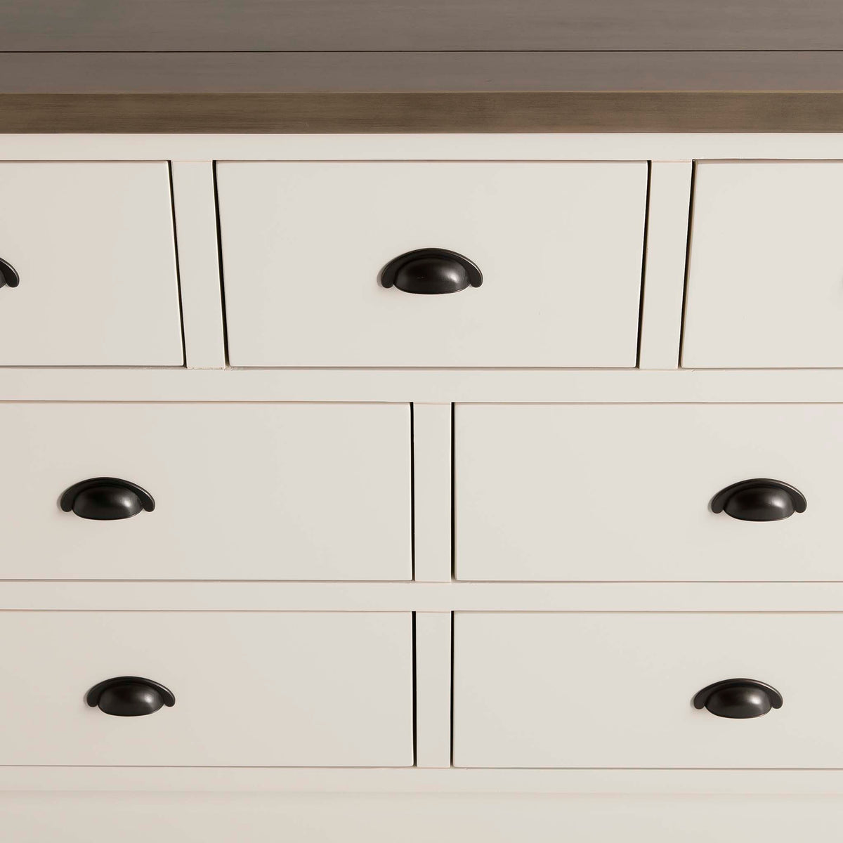 Hove Ivory 3 Over 4 Chest of Drawers - Close up of drawer handles