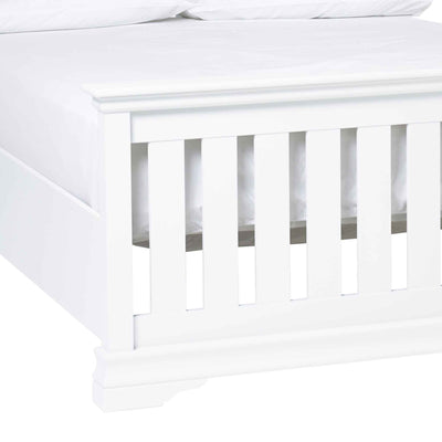 close up of the slatted footboard on the Melrose White King Size Slatted Bed Frame