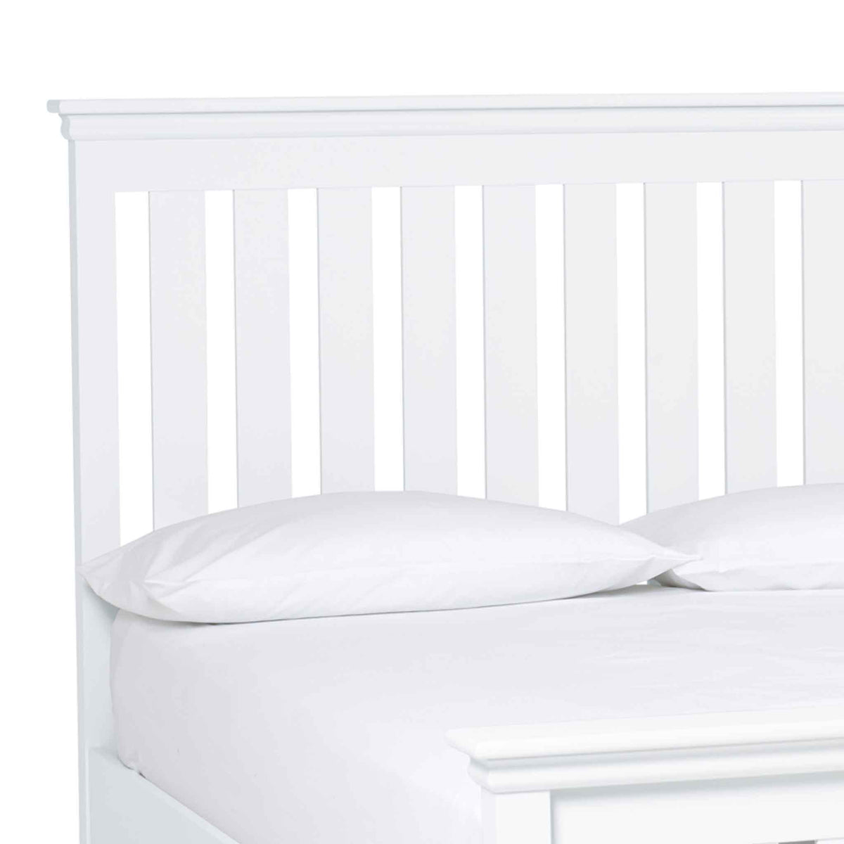 close up of the slatted headboard on the Melrose White King Size Slatted Bed Frame