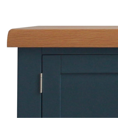 close up of the oak tabletop on the Chatsworth Blue Large 150 cm TV Stand from Roseland Furniture